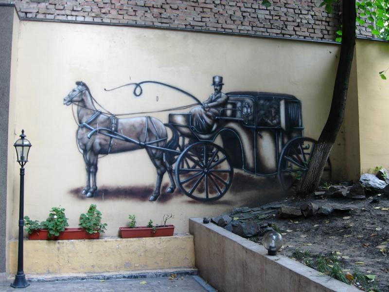 Адреса: вулиця Гоголівська, 5